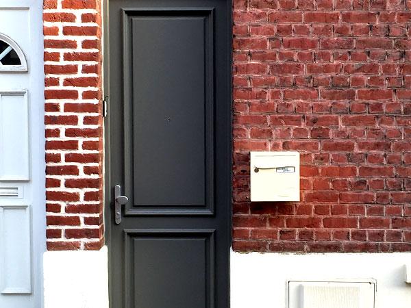 Changez ou renouvelez la porte d'entrée de votre maison